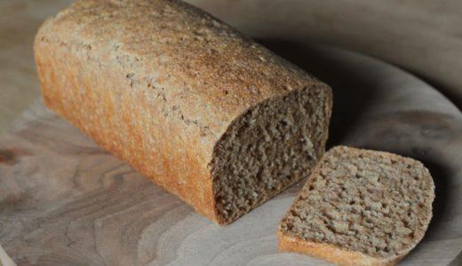 自家製粉のスペルト小麦パン