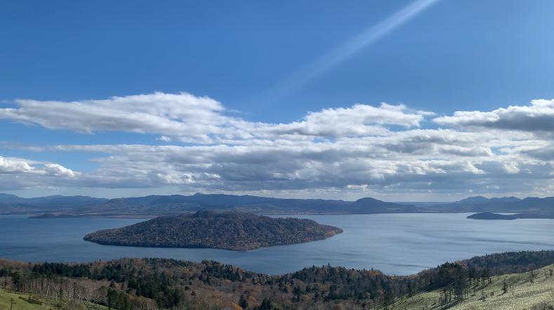 美幌峠からの眺めた屈斜路湖