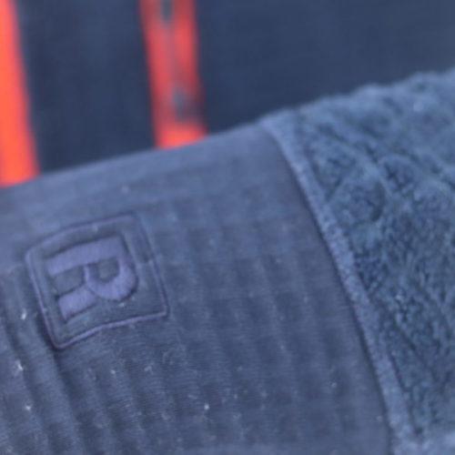 パタゴニア R3 フーディ
